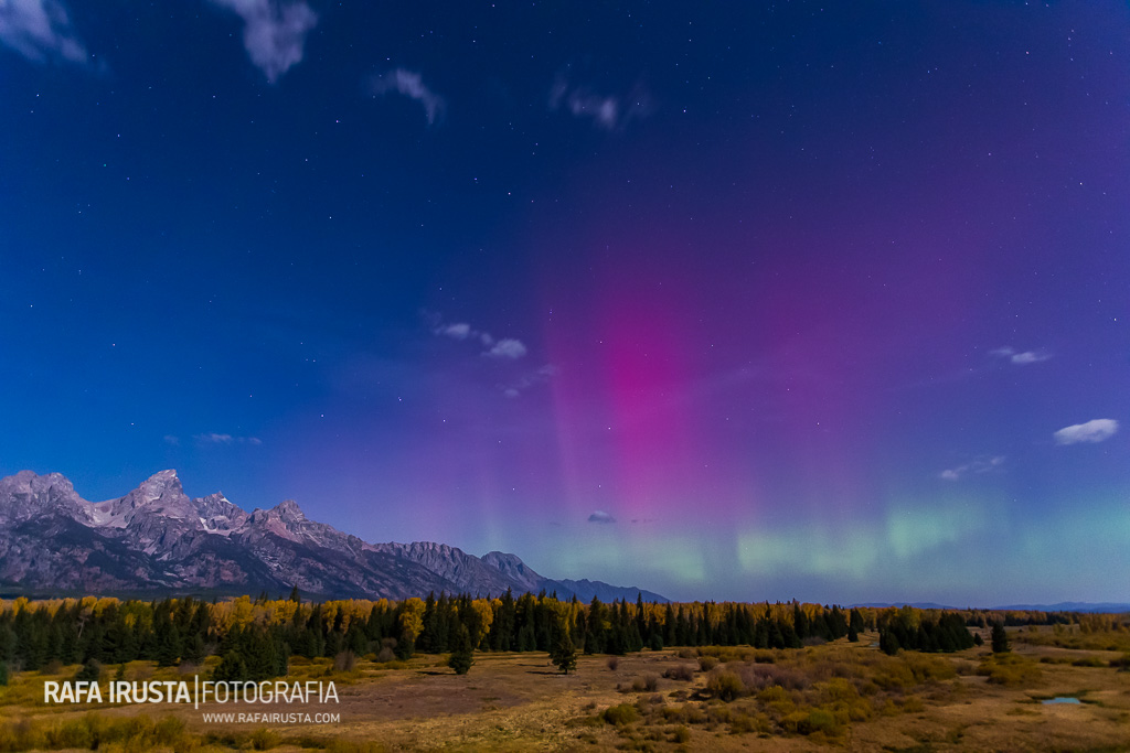 Northern lights above the Teton Mountains in Grand Teton National Park, Wyoming, USA