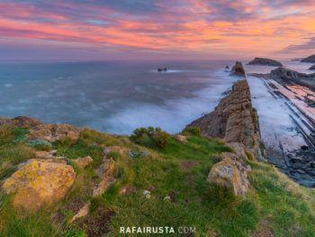 Amanecer sobre Playa de Arnía, Cantabria