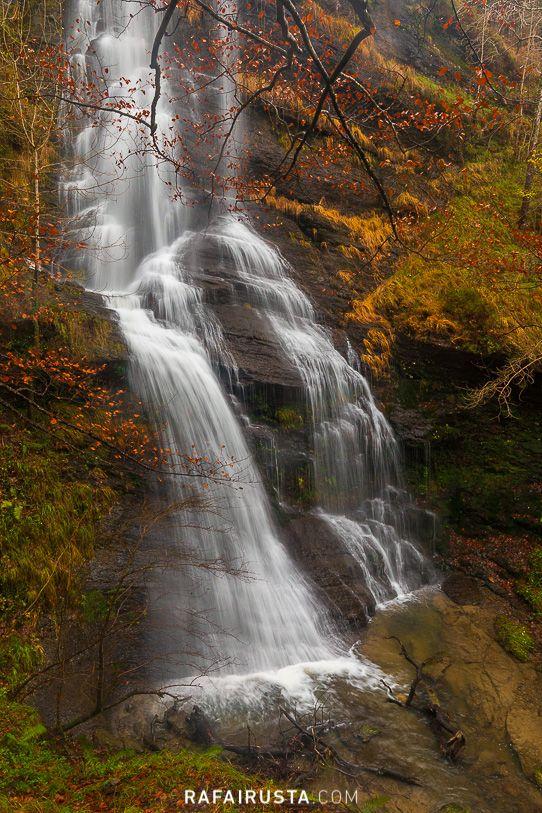Consejos para fotografiar en otono, arroyo y cascadas de agua
