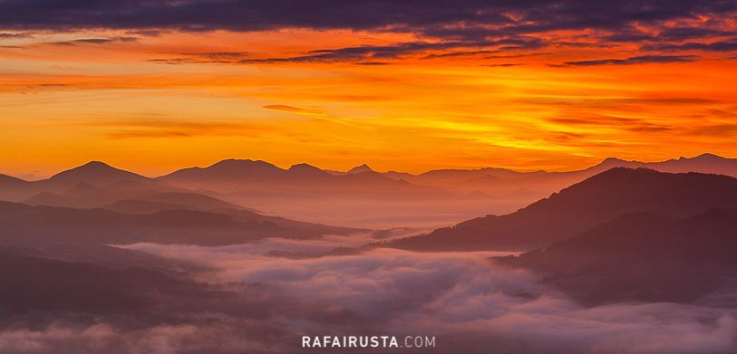Cómo fotografiar paisajes con niebla, Amanecer en Encartaciones, Bizkaia