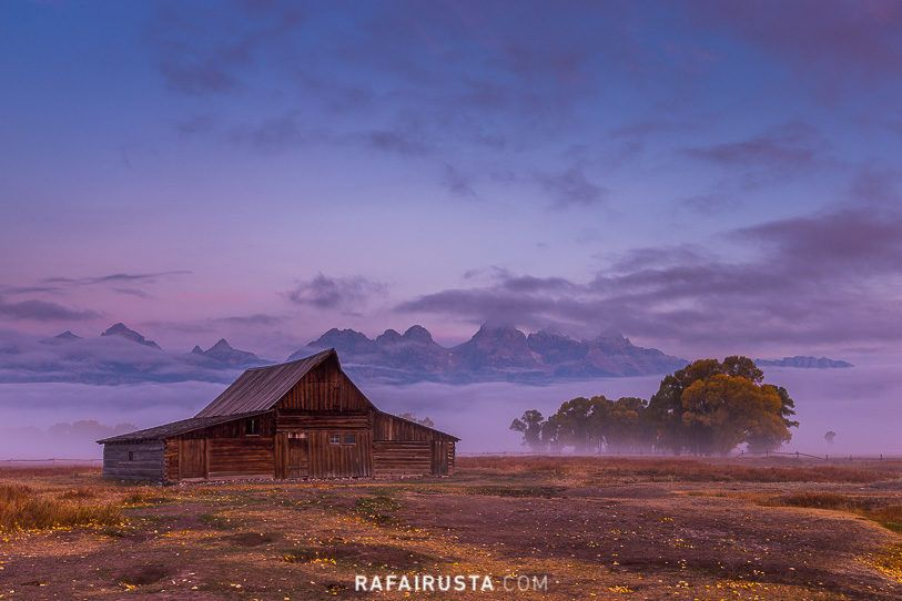 Thomas Alma Moulton barn, Mormon Row, Grand Teton National Park, Wyoming, USA