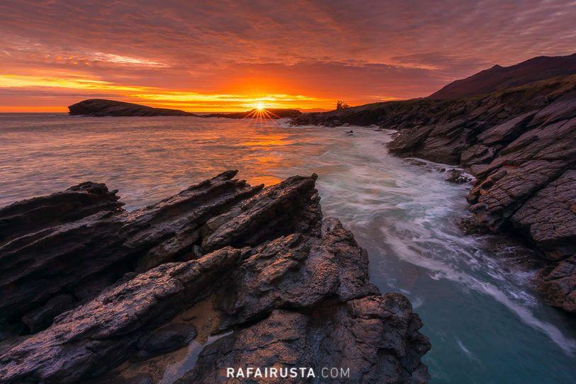 Tierra, mar y cielo. Amanecer en Sonabia, Cantabria