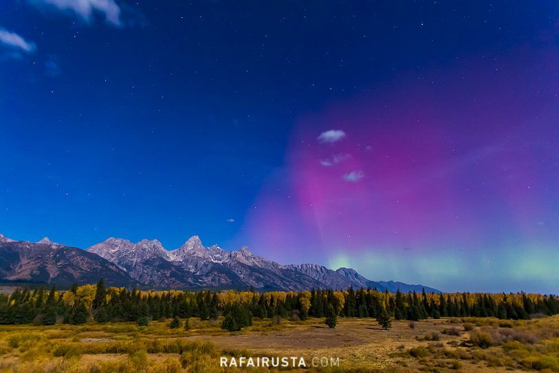 Aurora boreal en Grand Teton, Wyoming, USA