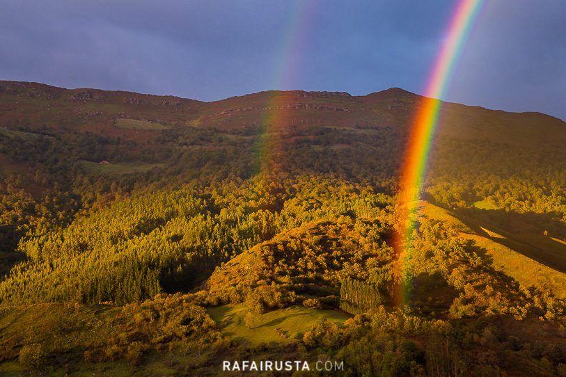 Doble arco iris en el Valle de Cabuérniga, Cantabria