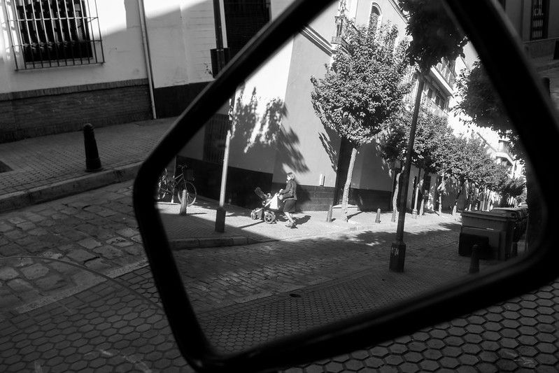 Reflejo en un espejo retrovisor, Sandra Vallaure