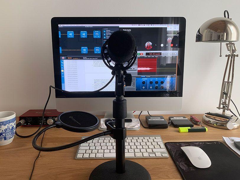 Cómo grabamos y producimos el podcast Distancia Hiperfocal. Estudio de grabación de Sandra Vallaure